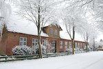 Schulhaus in Drage